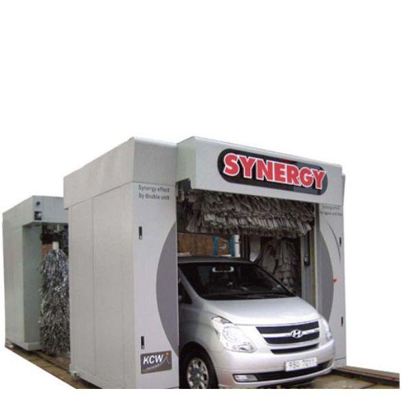 Máy rửa xe ô tô con tự động